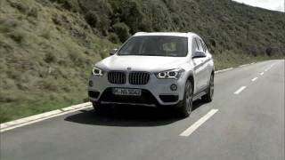 新型BMW X1はFFになっても駆け抜ける喜びは健在!新型BMW X1試乗動画まとめ