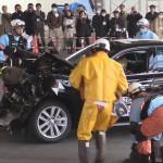 プリウスで事故が起きたときに感電しないために プリウス事故対応動画まとめ